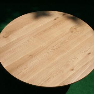 runder Baumtisch aus Eiche massiv