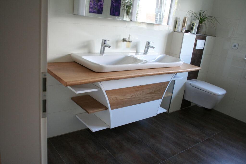 Massivholz für das Badezimmer